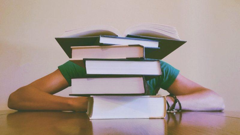 Czy warto jest zapisać się na intensywny kurs językowy?