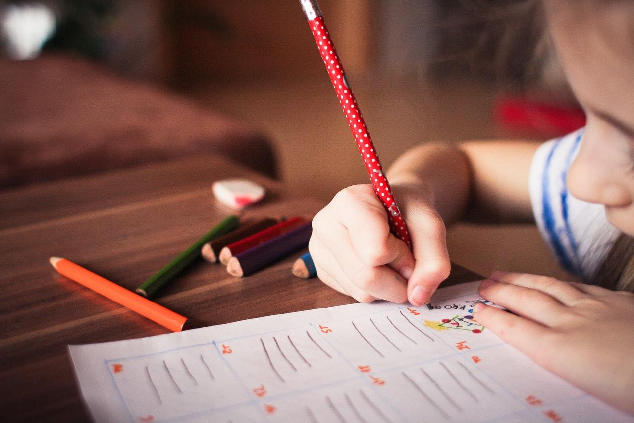 Czy zapisanie dziecka na kurs języka obcego jest dobrym wyborem?